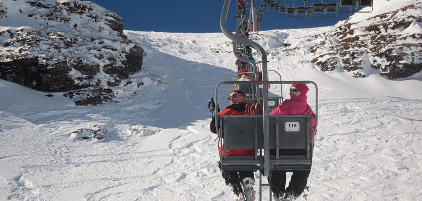 austria_obertauern_chairlift-view.jpg